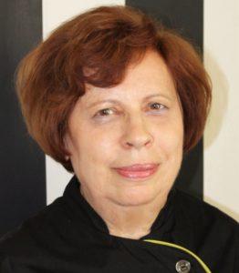 Наташа Николова